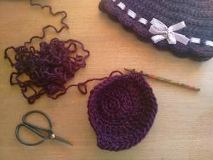 tutorial ganchillo instrucciones gorro lana mujer facil con lazo trizas y trazos tejiendo