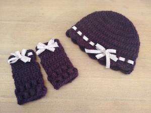 tutorial ganchillo instrucciones gorro mitones lana mujer facil con lazo trizas y trazos paso a paso