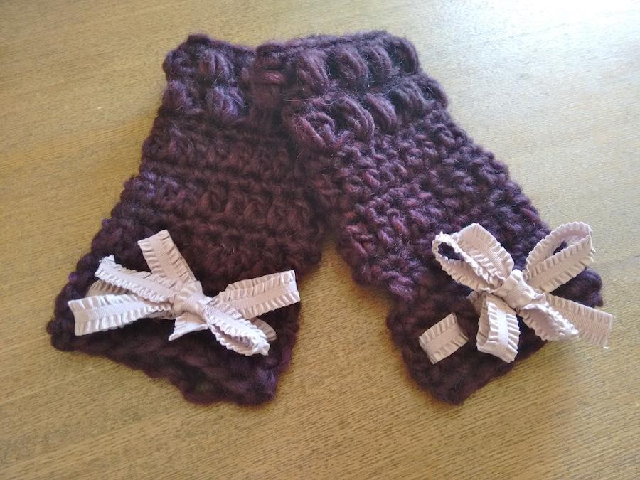 tutorial ganchillo instrucciones mitones lana mujer facil con lazo trizas y trazos