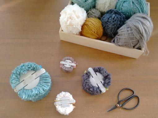 01 Tutorial cómo hacer jarrón flores con pompones de lana trizas y trazos - Hacer pompones