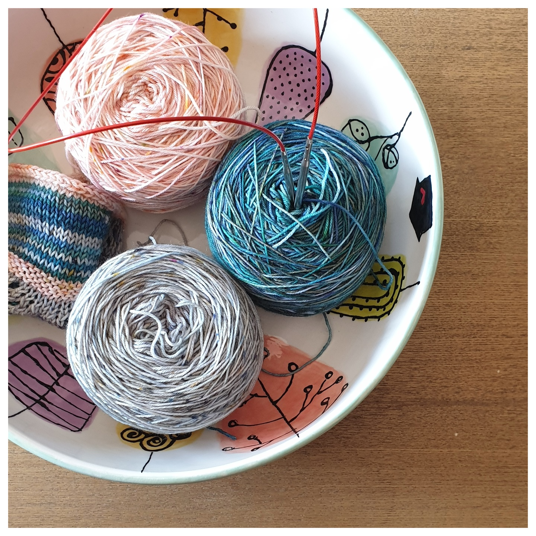 Lanas y algodones (por marca)